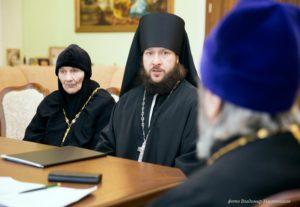 совещание-с-отделом-по-монашеству-4