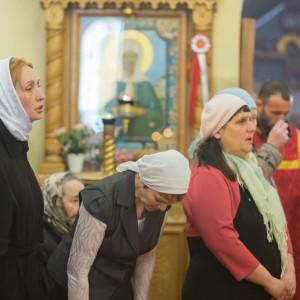 20170420-021-Liturgiya-Nikolskij-muzhskoj-monastyr-Bolshekulache-Omsk-mitr.-Vladimir-Ikim-IMG_2286-300x300