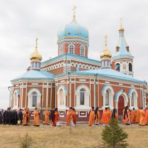 20170420-043-Liturgiya-Nikolskij-muzhskoj-monastyr-Bolshekulache-Omsk-mitr.-Vladimir-Ikim-IMG_2400-300x300